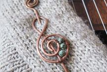 Bead Wire Class / Wire and beading tutorials with great jewelry designs.