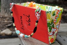 Literary Gifts & Crafts / Gifts for bibliophiles and creative uses of recycled books