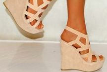 <3 shoes!!! / by Haley Evans