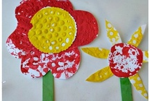 Garden Theme / Garden crafts, snacks, books, learning activities, and play ideas.