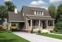 small cottage house plans / by Kasie Birdwell
