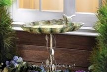 Outdoor Living: Birdbaths / by Lexi's Kreationz