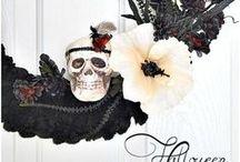 Fall & Halloween Home Decor / Decorating ideas for Fall/Autumn and Halloween!