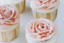 Cupcakes/Frostings. / by Isabella Mickelson