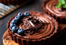 Sweet Stuff / by Sandie Bonsor