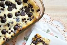 Recipes - Desserts / Do you have a sweet tooth? Follow this board for all the best dessert recipes including: brownie recipes, blondie recipes, cake recipes, ice cream recipes, and more!