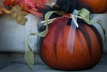 Trick or Treat / A board for Halloween party, costume, and decoration ideas.   / by Casey Parker