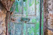 Doors and Entrance ways / by Faye McBrayer