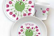 Geschirr / Geschirr für Kinder mit individuellem Namen. Ungewöhnliche Designs und ganze besondere Materialien für Tisch und Tafel.