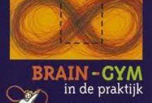 Braingym / Braingym en oefeningen voor een betere links-rechts hersencoördinatie