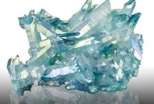 Minerals of the United States / by Ruth Shipley