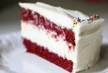 Good To Eat- Cake/Cupcakes / by Kelley Branstetter