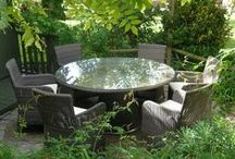 Alfresco Dining / Tables and Chairs for comfortable outdoor dining
