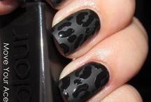 Nails Nails Nails / by Ivana Jimenez