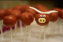 Longhorn Sweets & Treats / This board is dedicated to the sweet tooth. / by University Co-op