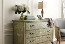 Dressers & Chest of Drawers - Chalk Paint Ideas / by Bobbie Beach