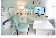 Pracujemy w domu/ Home office / Coraz częściej nasza praca wymaga korzystania z internetu i w związku z tym ważne jest zaprojektowanie przyjemnego kąta do pracy w mieszkaniu. Zgromadzone tu inspiracje znajdą zastosowanie w każdym metrażu Waszego lokum ;)