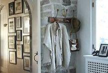 Entryways and Hallways. / by Stephanie Apa
