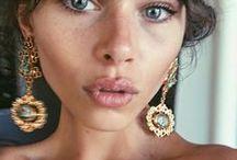{ jewelry }
