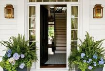 Doorways / Many ways to make an entrance