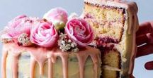 Wedding Cakes / Cake ideas for your wedding day. Beautiful wedding cakes with flowers, hand painted, small cakes, metallic and floral cakes. All types! Great for coming up with ideas for your wedding.