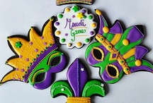 Mardi Gras Party Ideas / Mardi Gras masquerade party ideas, recipes, decorations and other Mardi Gras-themed party tips.