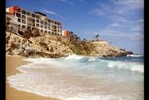 Welk Resort Sirena Del Mar, Cabo San Lucas / Welcome to Welk Resorts Sirena Del Mar in Cabo San Lucas, Mexico. This luxurious 7-acre resort is perched on the cliffs of the Cabo San Lucas peninsula, with a view of El Arco. Enjoy sun bathing and swimming at the private cove beach, absent of soliciting vendors. Marvel while you whale watch the migration starting mid-October and very active mid-December thru March from your villa, pool, and beach.