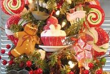 Christmas/Holidays/Seasonal / by Naomi S