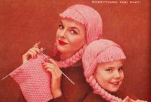 People knitting / Gente tricotando / People knitting / by DMC España
