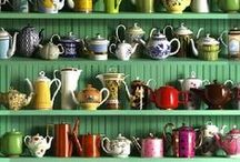 Teapot Addict  / There are sooo many cool teapots out there!