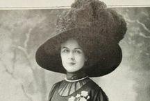 Paris 1900 / La Belle Époque, Art Nouveau Design and Fashion, Paintings / by Noble Four Designs