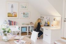 Work Space / Stay inspired by looking at these beautiful work spaces
