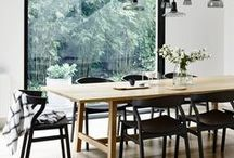 Dining Room Decor and Style Ideas / Dining Room Decor, Dining Room Style Ideas, Dining Room Inspiration. Beautiful photos of dining rooms that promote warmth, comfort, and camaraderie.