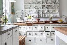 Tips and Tricks / Life hacks, organization tips, gardening hacks, cleaning tricks, kitchen organization, cooking tips.