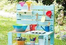 Backyard Ideas / Outdoor living, landscape inspiration, DIY backyard living, backyard hacks, entertaining, party ideas, gardening hacks, pest control ideas, and more!