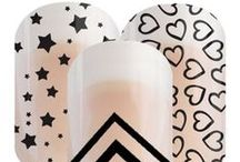 My Favorite NailArt / Jamberry nail wraps are made with durable materials, so smudges and streaks are never an issue, and can last for up to two weeks on fingernails and four weeks on toes. With over 300 nail wraps in an incredible variety of designs, you can customize, pair, and layer Jamberry nail wraps to create a look that's all your own—all from the comfort of your home.