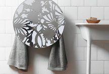 L'art de réchauffer la maison / Radiateurs et sèche-serviettes deviennent les objets principaux, des bijoux, des chefs d'œuvre !