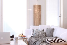 Living Room / by Valaurie Julie