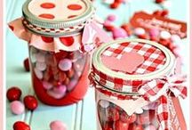 Valentine's Day Ideas / Get the best Valentine's Day recipes, Valentine's Day crafts, Valentine's Day treats, Valentine's Day party ideas and Valentine's Day cards all in one place!