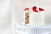 food | festive cakes / festive layer cakes, tortes and wedding cakes for special occasions