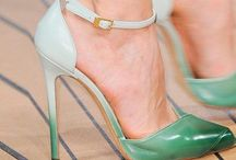 Shoes for HER / Shoe styles for the ladies / by Basari Aruba