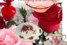 Valentine's Day, Snow, and Romance / Old-fashioned, fun ways to enjoy the snow and plan for Valentine's Day. Vintage Valentines, romantic meals, Valentine nails, and wintry fun for two are all included on this board.