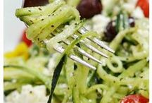 Spiralizer Recipes / Anyone who's been to our store knows how much we love spiralizers! Spiralizing fruits and veggies can truly revolutionize the way you cook. Here are some fabulous recipes to get you started!