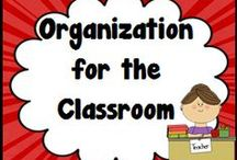 Organization for the classroom / Clever ideas to stay organized in the classroom.