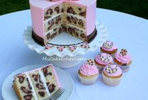 Cakes / I love cake! / by Nichelle Bates