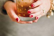 Cocktails & Drinks / by Sarah Ryan