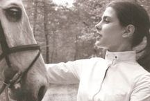 Equestrianistas / Inspiration of timelessness, talent and the love of horses.