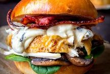 Burgers & Hotdogs / Awesome and mouth-watering recipes for the ultimate burger or hotdog