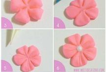 Sweets Occasions Tutorials / Tips and tutorials on how to decorate cute desserts like cupcakes, cakes, cake pops and cookies using chocolate, fondant, candy, and more!