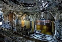 Ruins <3 / by Deanna Discher-Harm